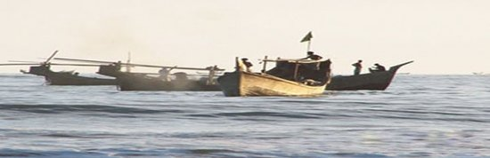Patuakhali, Bangladesz: Fishing boat's in sea