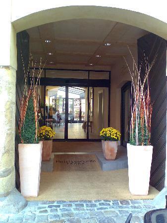 Hotel Leonardo Prague: Eingang