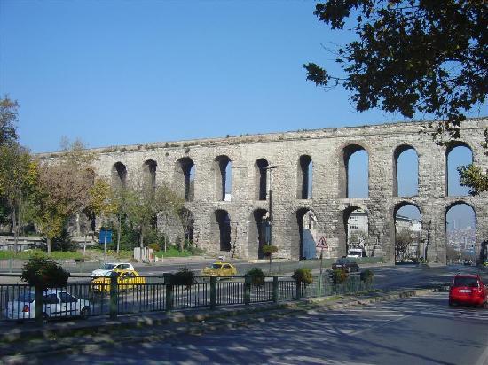 Valens Aqueduct (Bozdogan Kemeri) - Picture of Valens ...