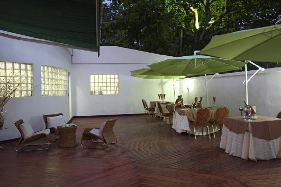 Chambre de luxe de l 39 h tel villa lys picture of villa for Chambre de luxe hotel