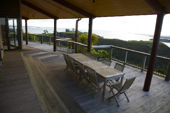 Te Whau Lodge: Lodge Balcony