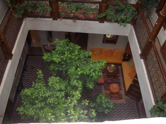 Riad Maipa: Patio