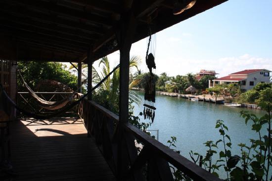 Maya Lodge: the balcony