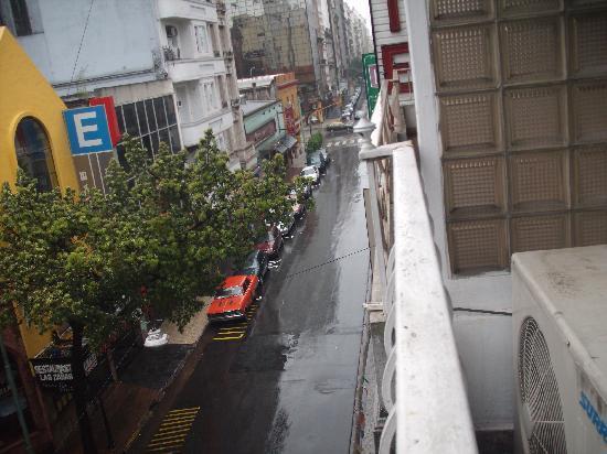 ميلان هوتل: vista desde el balcon
