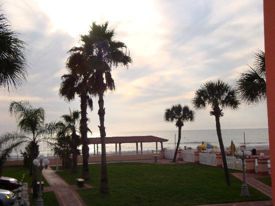 North Redington Beach, FL: view from our porch (2nd floor)
