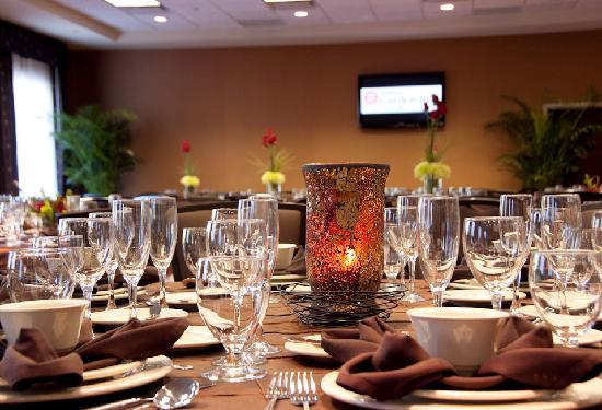 Hilton Garden Inn Greenville: Our Sycamore Ballroom is ideal for social events, family reunions, weddings and corporate meetin