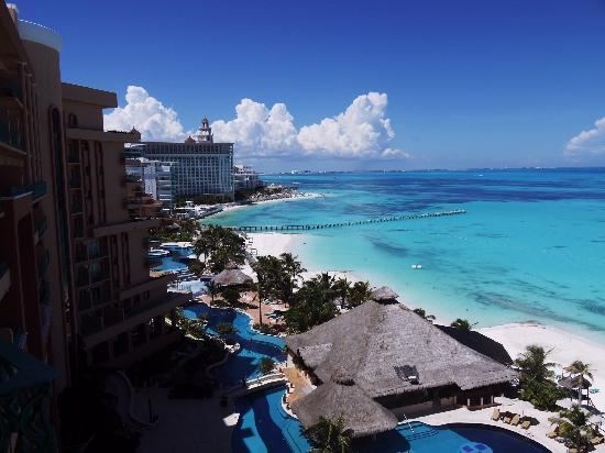 Grand Fiesta Americana Coral Beach Cancun: Our rendition of the famous view