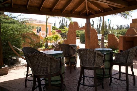 Cunucu Arubiano: Outdoor Dining