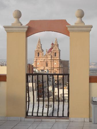 Solana Hotel and Spa: Mellieha church from the rooftop pool