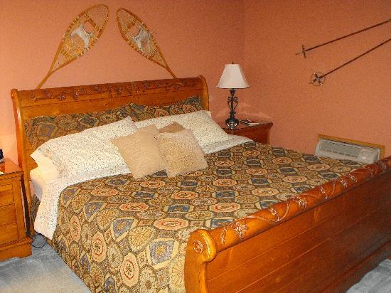 Springbrook Inn: Our room