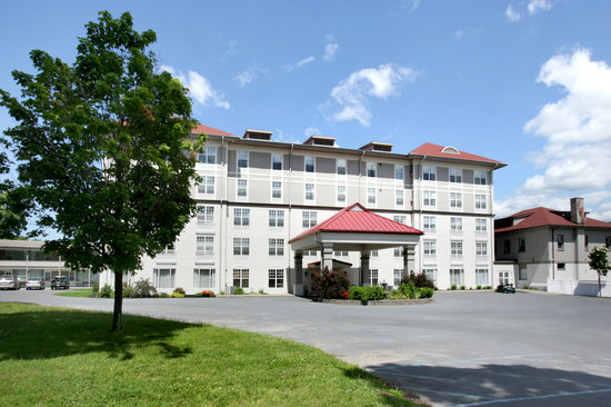 Fort William Henry Hotel and Conference Center: Fort William Henry - The Grand Hotel
