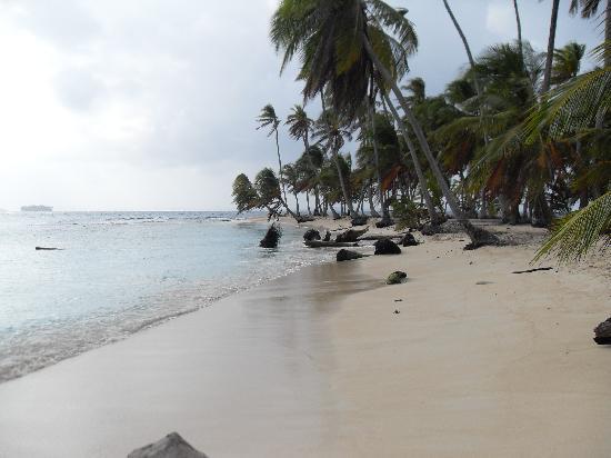 Anbabnega Lodge: sus hermosas playas