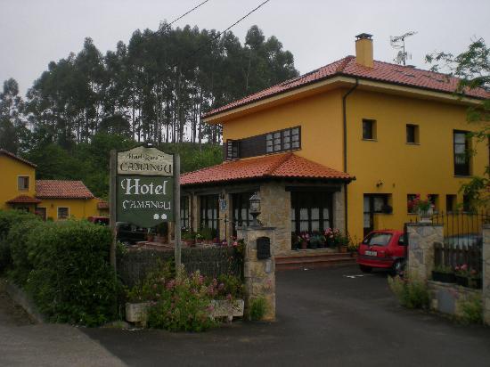 Hotel Camangu: Exterior