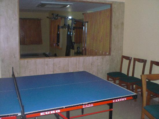 Hotel Calangute Towers : Games Room and Gym