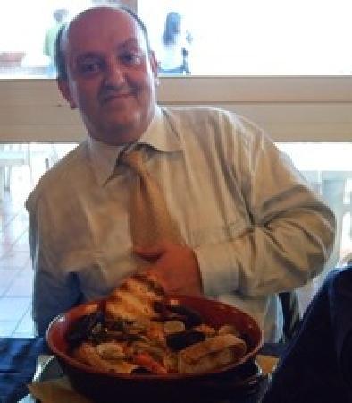 Fossacesia Marina, Italie: fabrizio e la zuppa di pesce