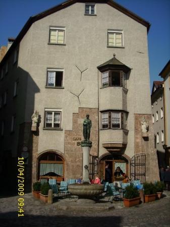 Una de las casas más antiguas en Hall in Tirol - Austria.