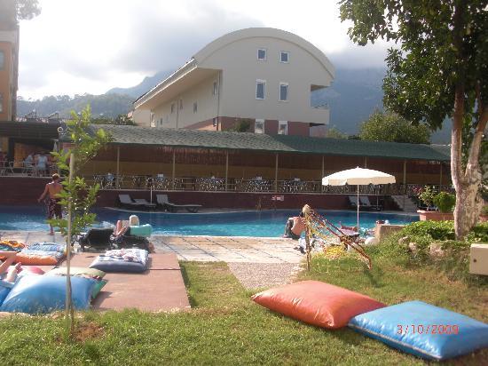 Novia Gelidonya Hotel: vu de notre balcon!!