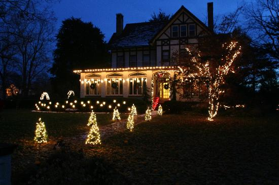 Vintage Gardens Bed & Breakfast : 2007 Holiday's