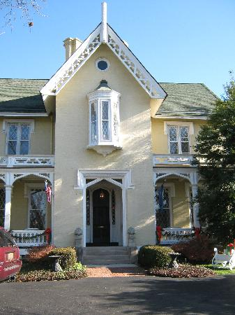 Inn at Woodhaven: The main house