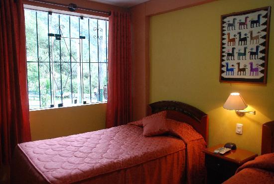 Plaza Andina Machupicchu: Habitacion con Vista a la calle