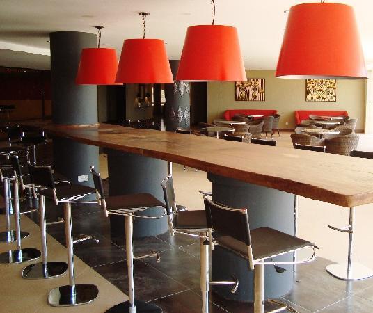 Ole - Sereni Hotel, Nairobi: Bar