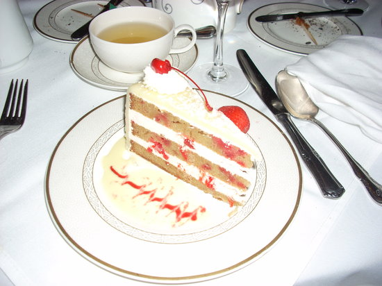 Vienna Restaurant & Historic Inn: The Cherry Marzipan Torte - A picture is worth a thousand words!