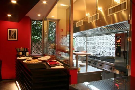 Cucina a vista foto di uno barrato napoli tripadvisor - Cucina a vista ...