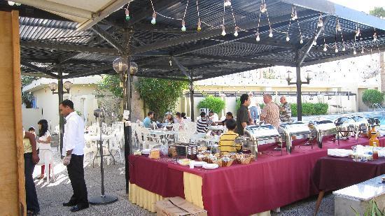 Khasab Hotel: Breakfast area