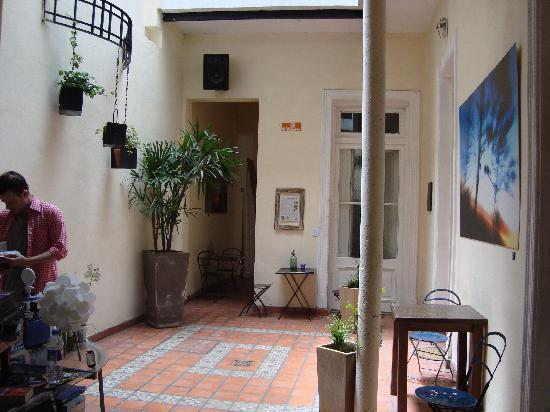 ChillHouse: entrance/patio