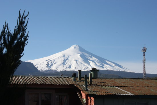 La Bicicleta : Volcan Villarica from rooftop patio.