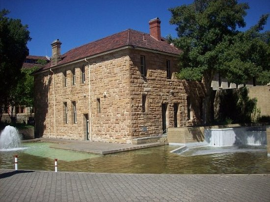 ‪Art Gallery of Western Australia‬