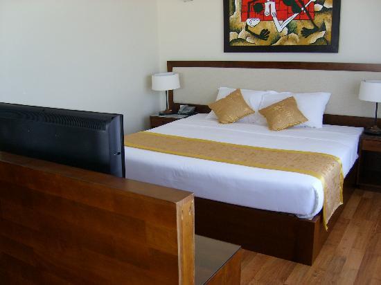 Starlet Hotel: le lit kingsize