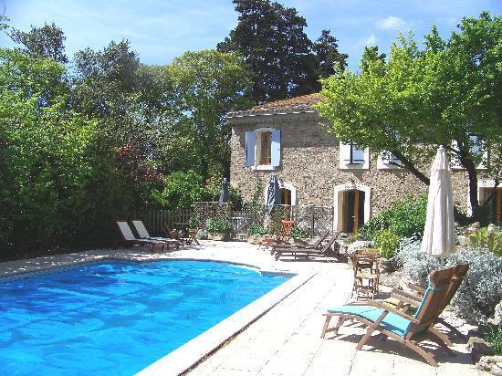 Maison eloi merle b b olonzac voir les tarifs 117 for Chambres d hotes herault avec piscine