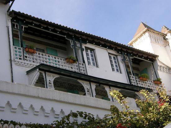 Hotel Saint George El Djazair : The lovely facade of Hotel El-Djazair