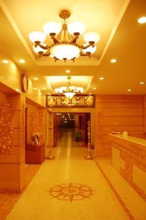 Hotel Raya's & Raya's Annexe 1