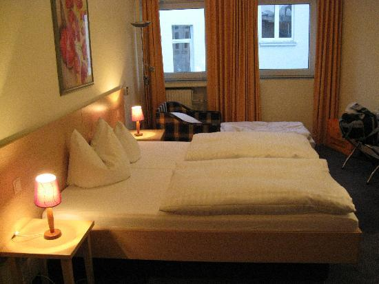 City Hotel Hannover: DBL+exbed