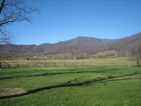 Old Mill House: Mountain views.