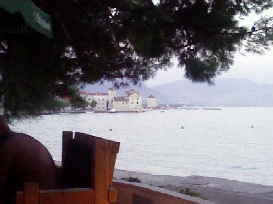 Kastel Stafilic, Croacia: S Gabina