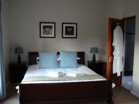 Dongola Guest House : Spacious garden king bedroom
