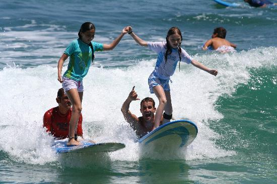 Cabo Outfitters: Surfing lessons