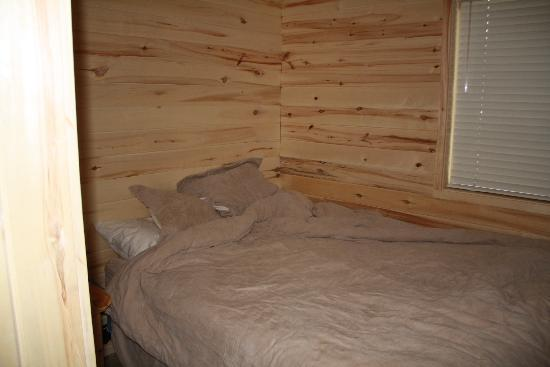 Creede, CO: bedroom cabin 6