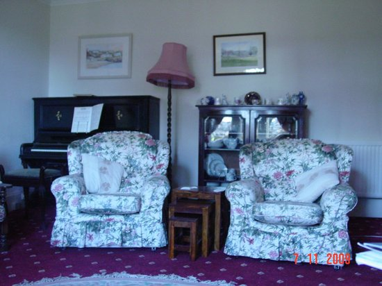Glenan Lodge Guest House : Charming sitting room (picture #1)