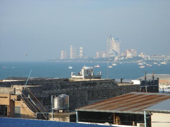 Diamond Beach Hotel: Sea view from room