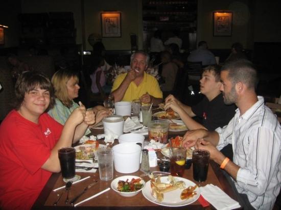 Ameristar Casino Resort Spa St. Charles: Crab leg dinner yummy