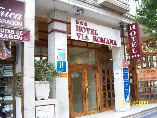 Hotel Via Romana : Il portone dell'albergo