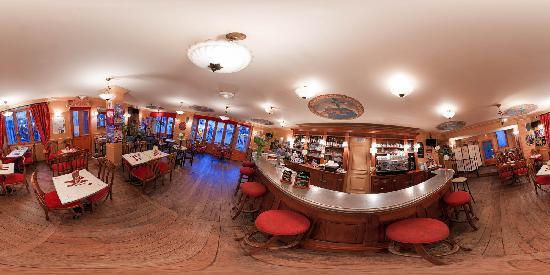 """Hotel le Mondes : Le bar du """"MONDES"""""""