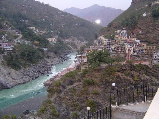 Devprayag, อินเดีย: Sangam View from Ramkund Resort