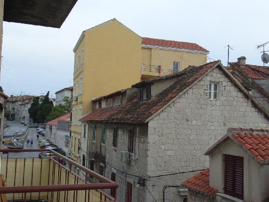Royal Suites : outside window