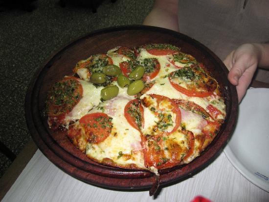 El Cuartito: Pizza clásica y deliciosa