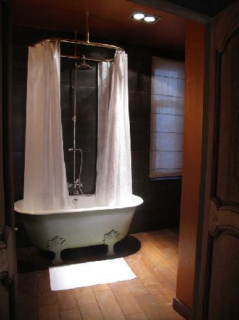 Le Coup de Coeur: The vintage tub